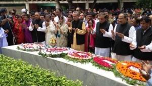 new ministers floral wreth at Bangabandhu's grave