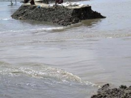 Koyra river bank erosion
