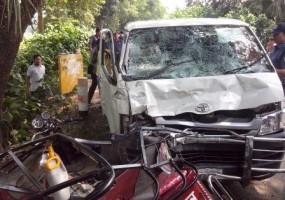 gopalganj road accident kills seven