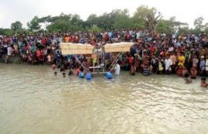 kalapara students sea-plane goes test fly