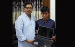 Mehedi with state minister for ICT