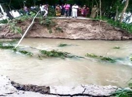 flood hits 15 villages in Atrai